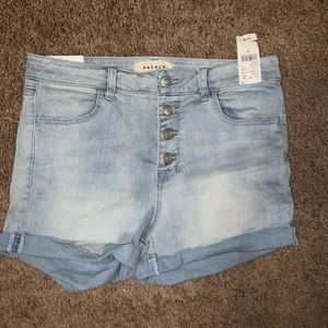 NEW PacSun Light-Wash Jean Shorts with Buttons